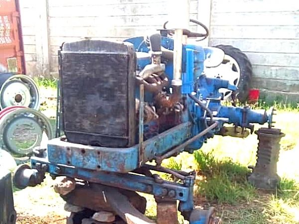 Fordson Super Major Restoration