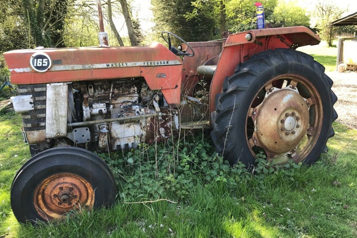 Massey Ferguson 165 Restoration