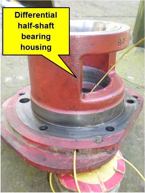 Diff bearing housing showing drain hole